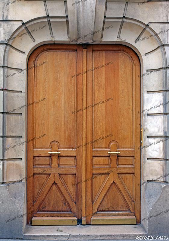 ancienne porte en bois Paris - Photo Patrice Faro