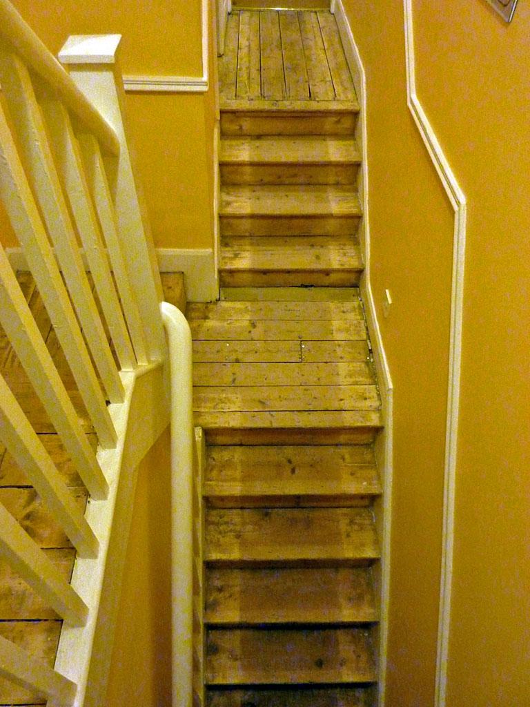 questions r ponses menuiserie solution pour un changement de couleur du bois conseils. Black Bedroom Furniture Sets. Home Design Ideas