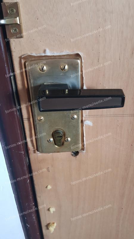 démontage poignée de porte