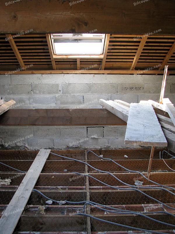 fiches bricolage forum menuiserie faire un plancher pour des salles de bains. Black Bedroom Furniture Sets. Home Design Ideas