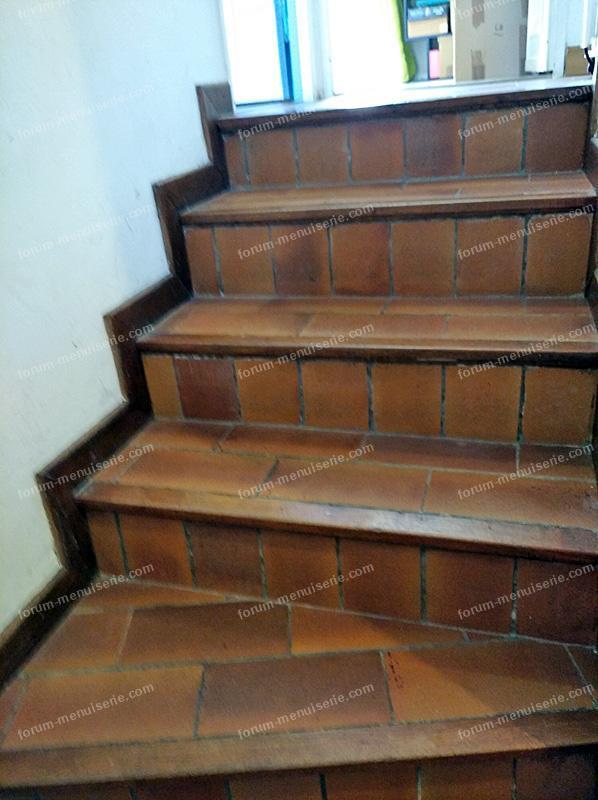 refixer nez de marche en bois sur escalier carrelé