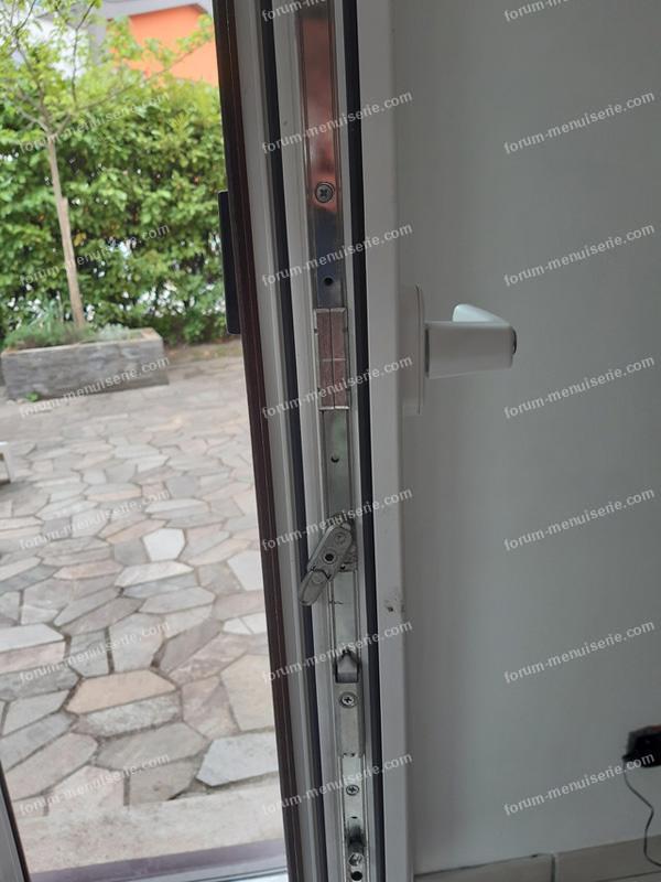 réglage porte fenêtre oscillo-battant