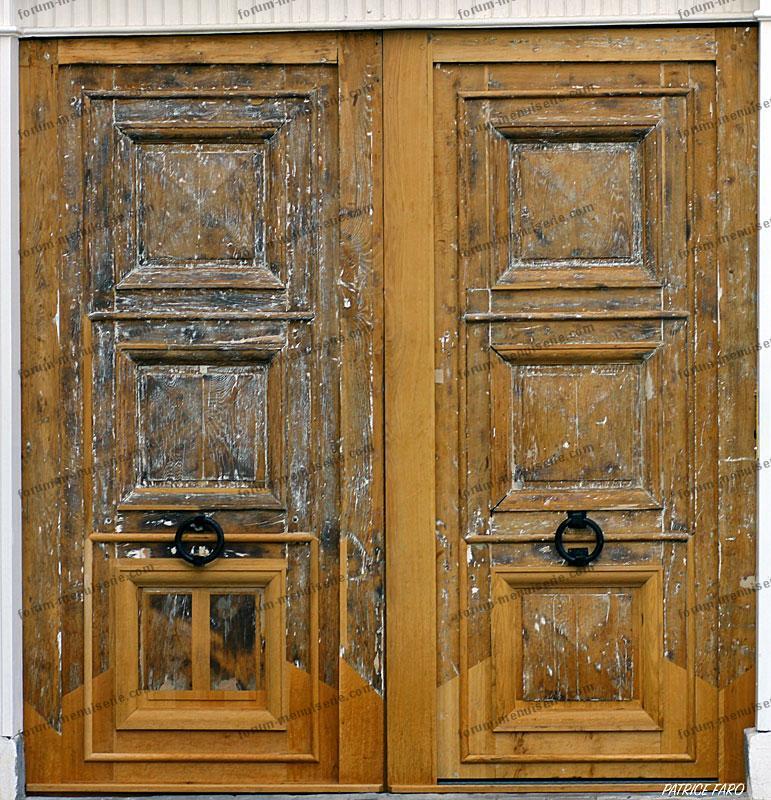 rénovation porte ancienne - Photo Patrice Faro