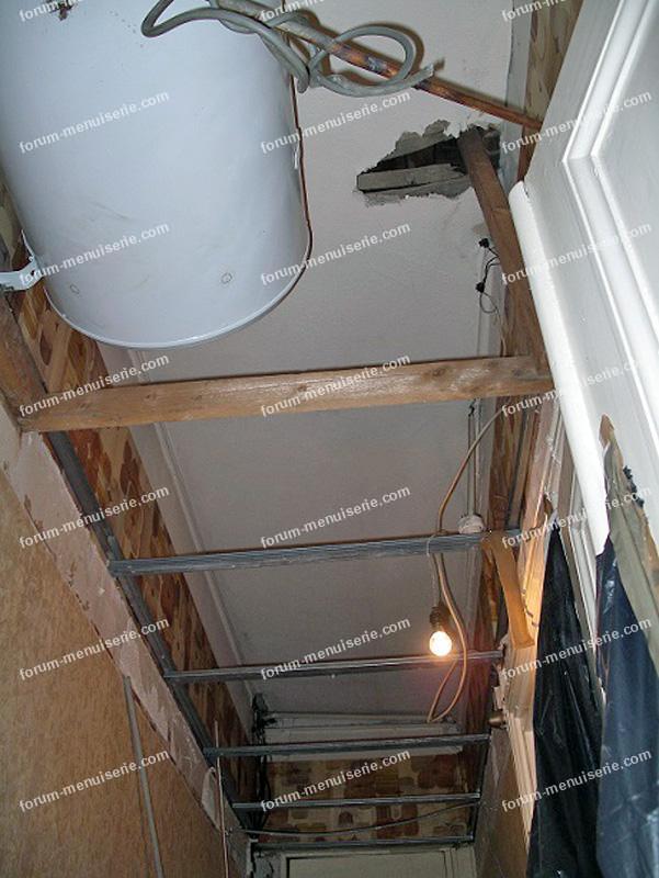 réparer un trou au plafond conseils