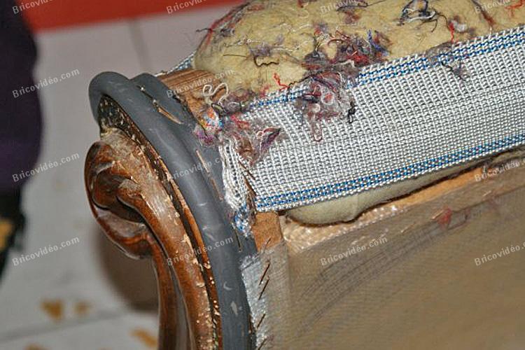 retapisser fauteuil 14
